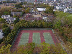 テニスコートの隣には松代ショピングセンターがあります。