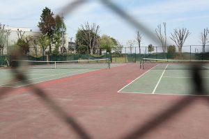 テニスコートの窓口は東光台体育館(029-847-8272)です。 【テニスコート料金】  2時間=520円
